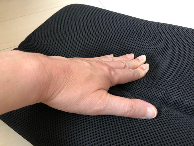 ネックフィット枕の低反発ウレタン